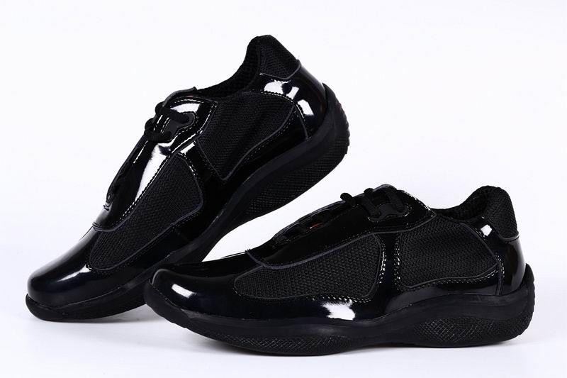 레이디 블랙 컬러 36-41 용 메쉬 통기성 신발 새로운 도착 여성 캐주얼 컴포트 슈즈 영국 패션 신발 여자 특허 가죽