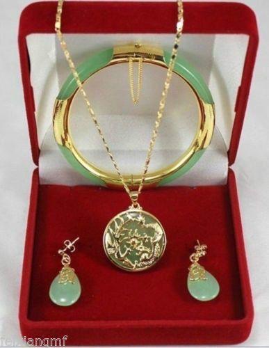 Charmante grüne Jade Dragon Phoenix Anhänger Halskette Ohrring Armband Set