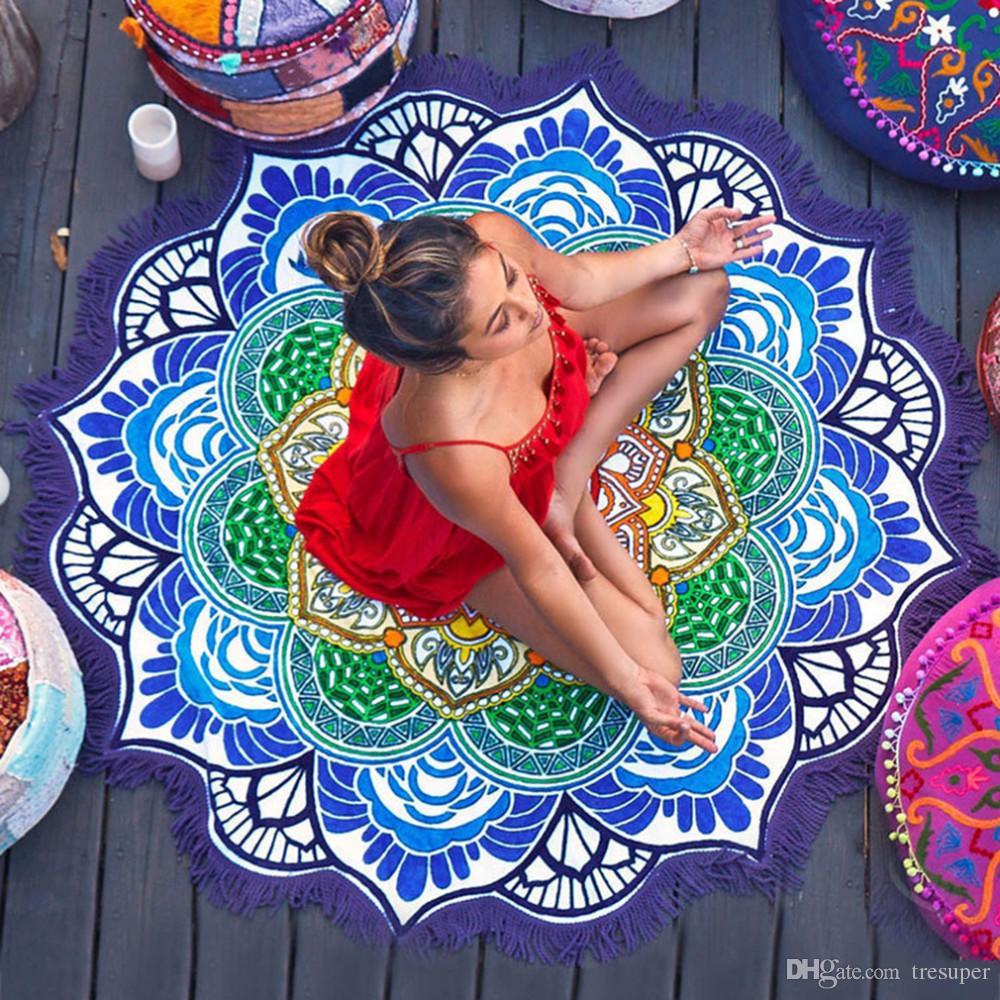 Round Beach Towel Tassel Decor with Small Balls Flowers Pattern 147*147CM Circular Tablecloth Yoga Picnic Mat