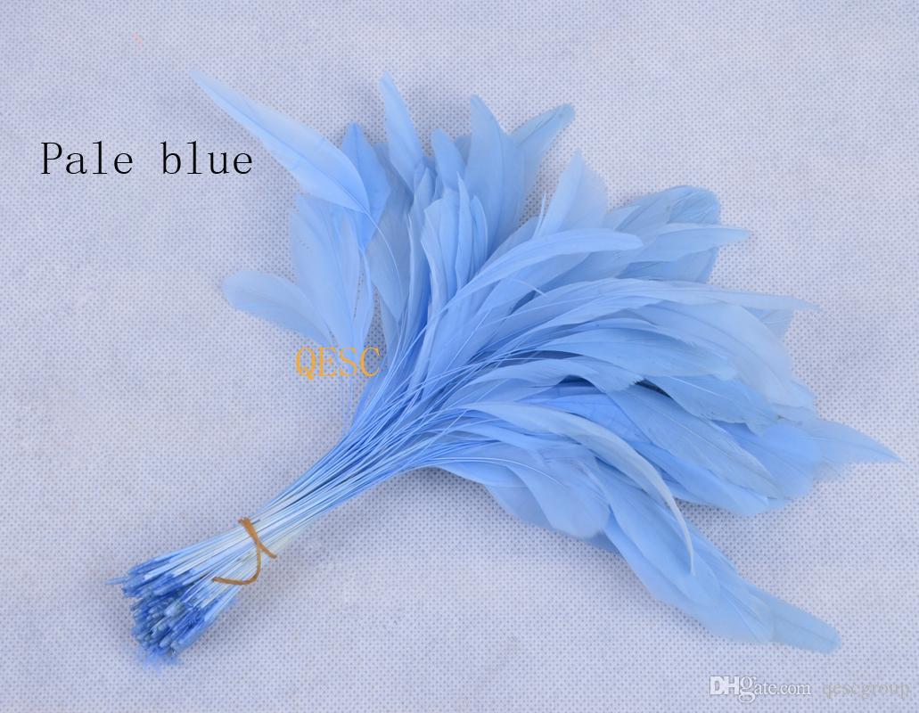 Plume de cocktail bleu pâle de 14 à 19 cm pour accessoires de chapeau / accessoires / chapeau de sinamay.