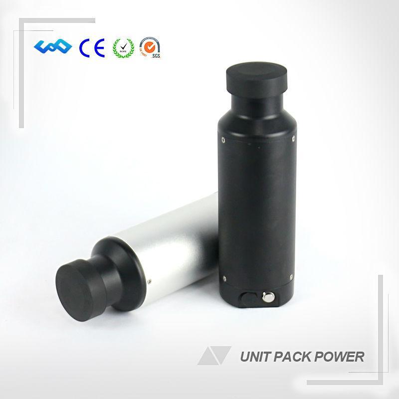 Batteria esente da ioni di litio 36V 500W Nuova bottiglia di batteria agli ioni di litio 36V 10.5AH Batteria per bici elettrica con caricatore USB e portabottiglie