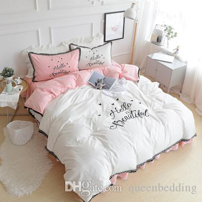 Breve del pizzo di cotone Breve di lusso Set di biancheria da letto rosa e bianchi Ciao parole ragazze Home Queen King Cover Duvet Bedsheet cuscino set