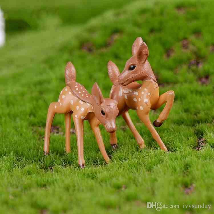 Miniatura Dos Cervos Amante Dos Desenhos Animados Boneca Fawn Musgo Terrário Criativo Artesanato Micro Paisagem Ornamentos de Mesa DIY Acessórios Zakka Jardim De Fadas