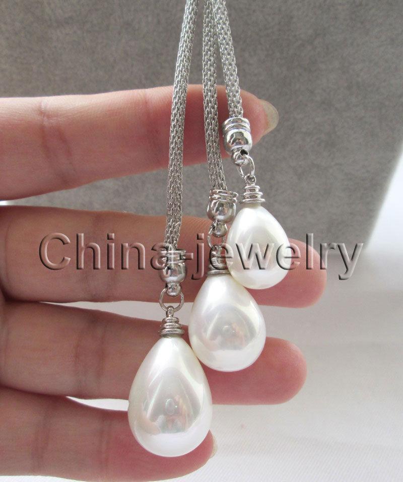 """P6305-24 """"collana di perle di conchiglia bianca con gocce di conchiglia da 15-18-20mm"""