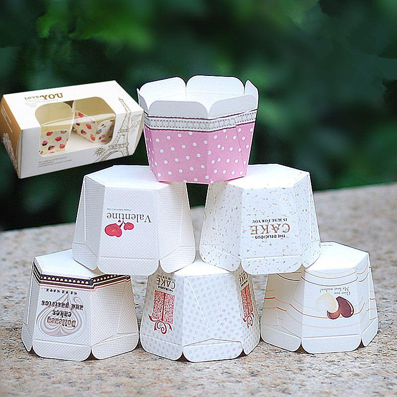 Christmas Square Cupcake Wrapper Square Muffin Cases Paper Baking Cups Creative Cupcake Decoration Cake Mold Bakeware 100 Counts