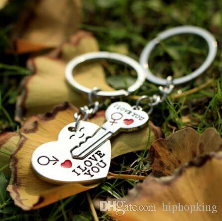 I LOVE YOU Letter Keychain Heart Key Ring Silvery Lovers Love Key Chain Souvenirs Valentine's Day gif ln