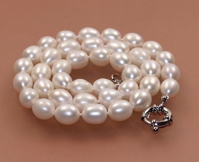 Collier de perles de culture d'eau douce de 8 à 9 mm avec fermoir en argent 925 de 18 pouces