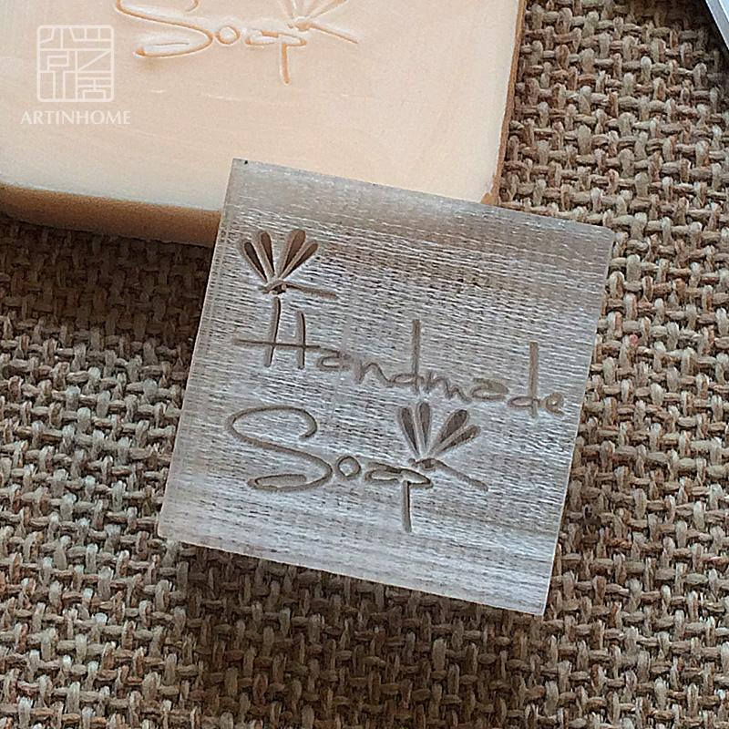 Toptan-2016 ücretsiz kargo doğal el yapımı akrilik sabun damga mühür kalıp bölüm mini diy dragonfly desenler organik cam 4X4 cm 0078