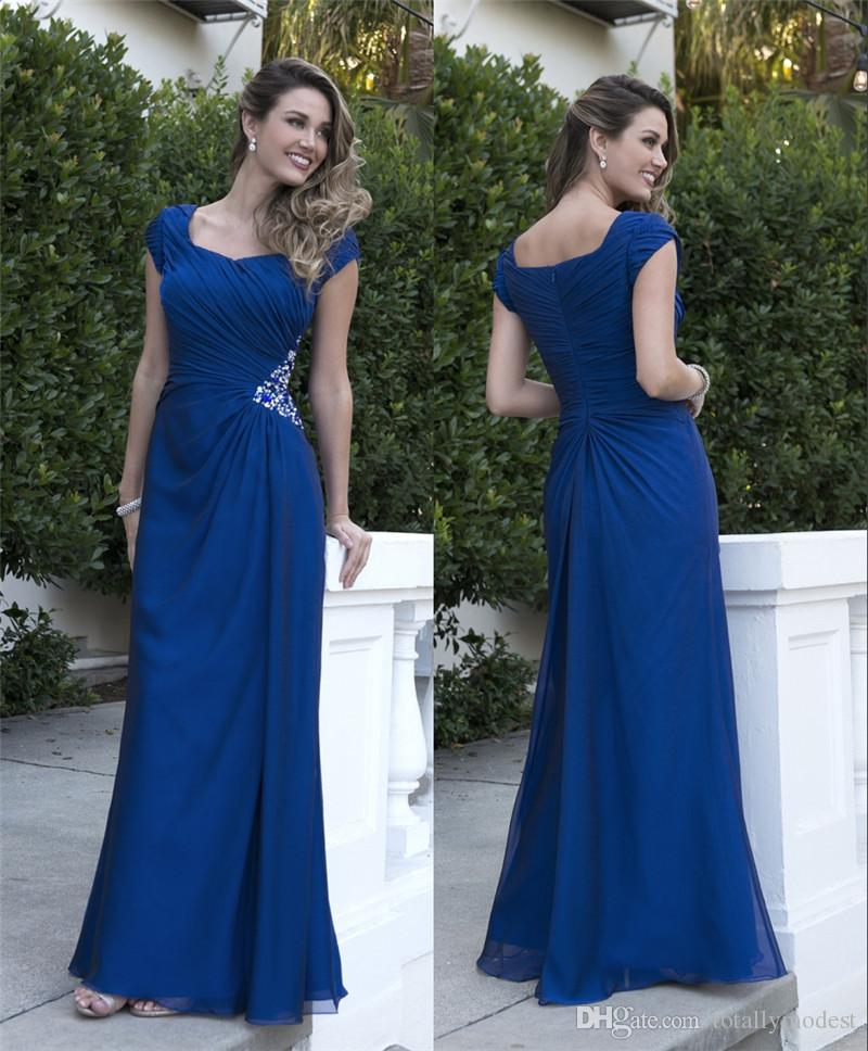 Royal Blue Modest Bridesmaid Dresses Long With Short Sleeves Chiffon Pleats Beads Formal Evening Wedding Party Dresses