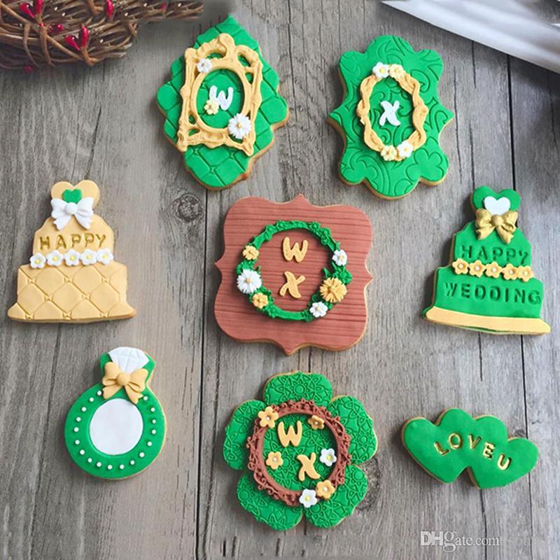 7pcs Kitchen DIY patisserie reposteria Ring Flower Cookie Cutters Molds Metal moule de gateau Biscuit Sandwich Fondant Cake Decorating Tools