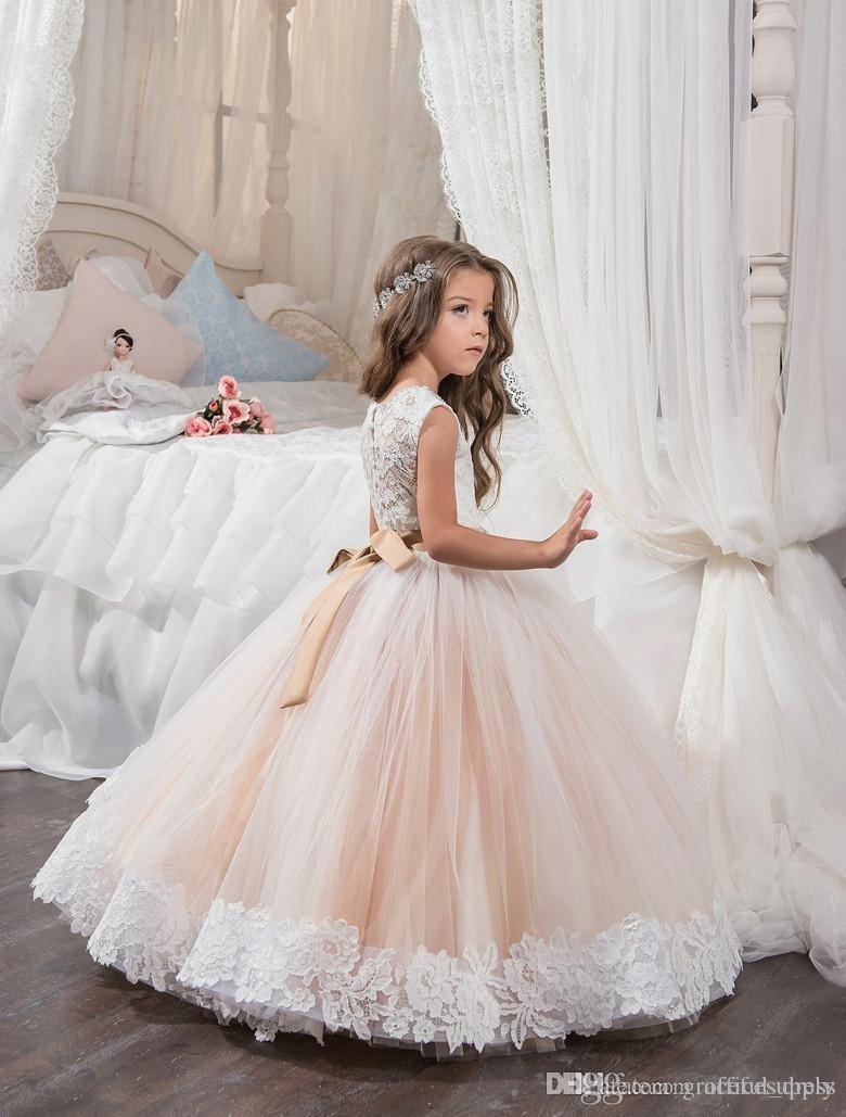 Compre Pequeño Vestido De La Reina De Color Blanco Marfil Vestido De Encaje De La Longitud De Los Vestidos De Niña Vestido De Novia De La Boda De Los