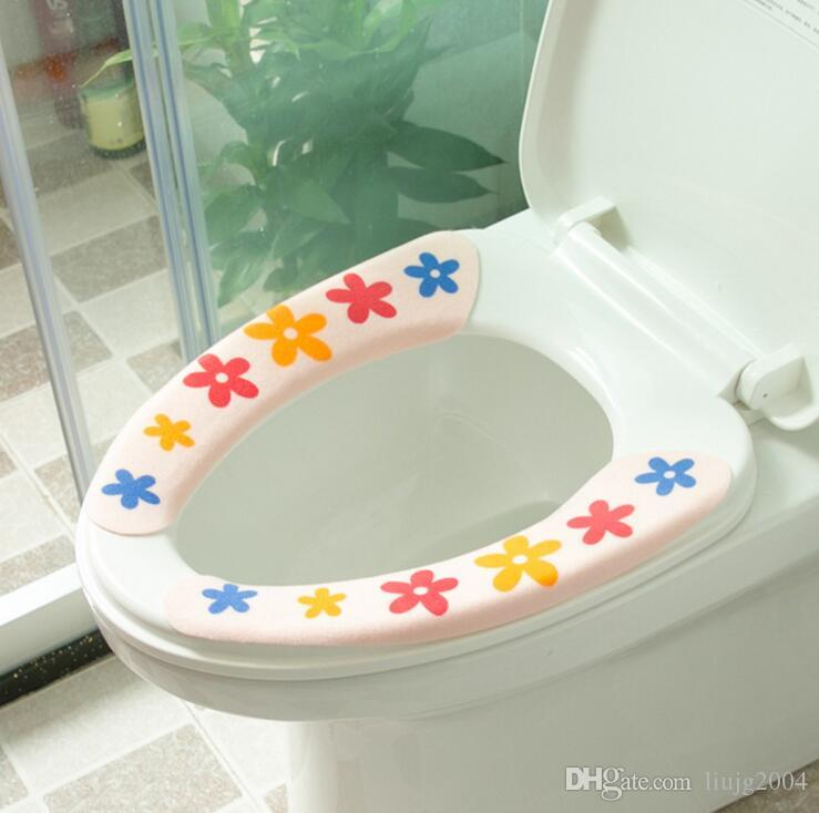 Hot 1Pair Cute Cartoon Toilet Seat Covers Carpet Home Toilet Warmer Seat Cover Lid Pad Soft Comfortable Sticky Seat Toilet Case Mat