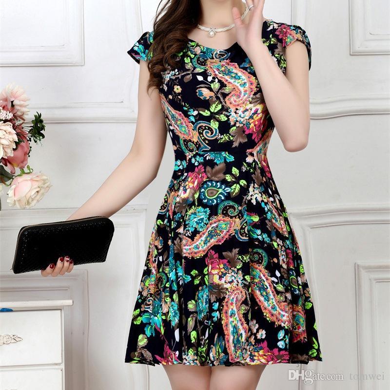 Yaz Etek Büyük Boy Elbise Kısa Kollu Kadınlar Çiçek Baskı Elbiseler Bir Çizgi Rahat L XL 2XL 3XL 4XL 2017 Yeni Moda