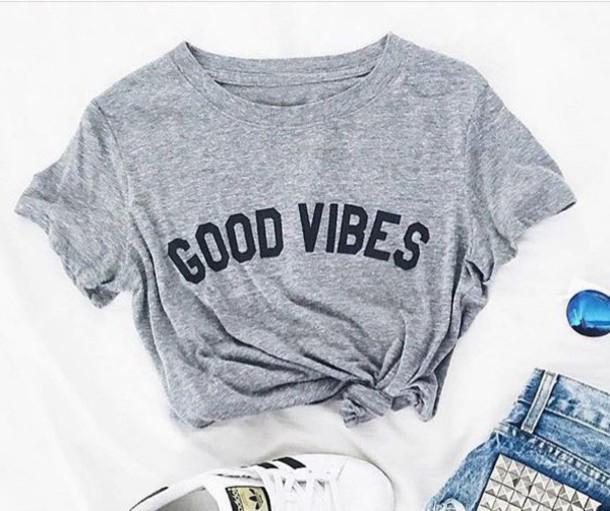 Al por mayor- BUENAS VIBES Carta de impresión de la camiseta de las mujeres del estilo ocasional del verano de manga corta camisetas de moda camisetas ropa Tops
