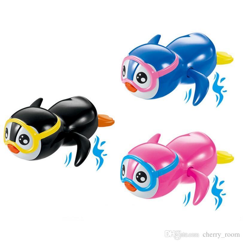 만화 아이 입욕 장난감 펭귄 재미 수영 펭귄 어린이 목욕 장난감 유아 수영 거북이 체인 시계 클래식 장난감 C1428