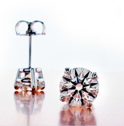 Toptan 1 ct / çift Xmas sentetik elmas küpe gümüş 18 K beyaz altın kaplama Anti alerjik küpe, kadınlar için düğün küpe