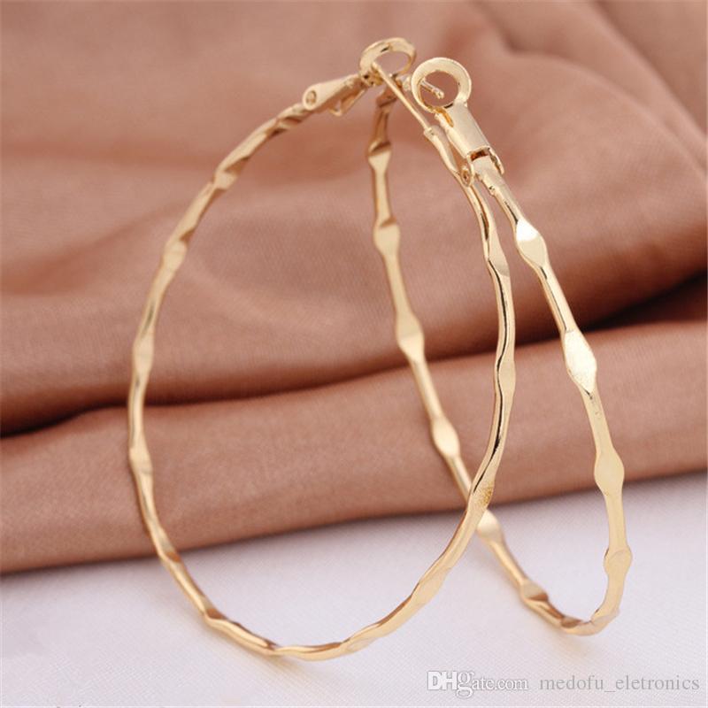 Dichiarazione oro giallo 18K ha placcato i grandi orecchini a cerchio per le donne Classico Trendy Circle monili earing Bijoux Femme regalo ER-947