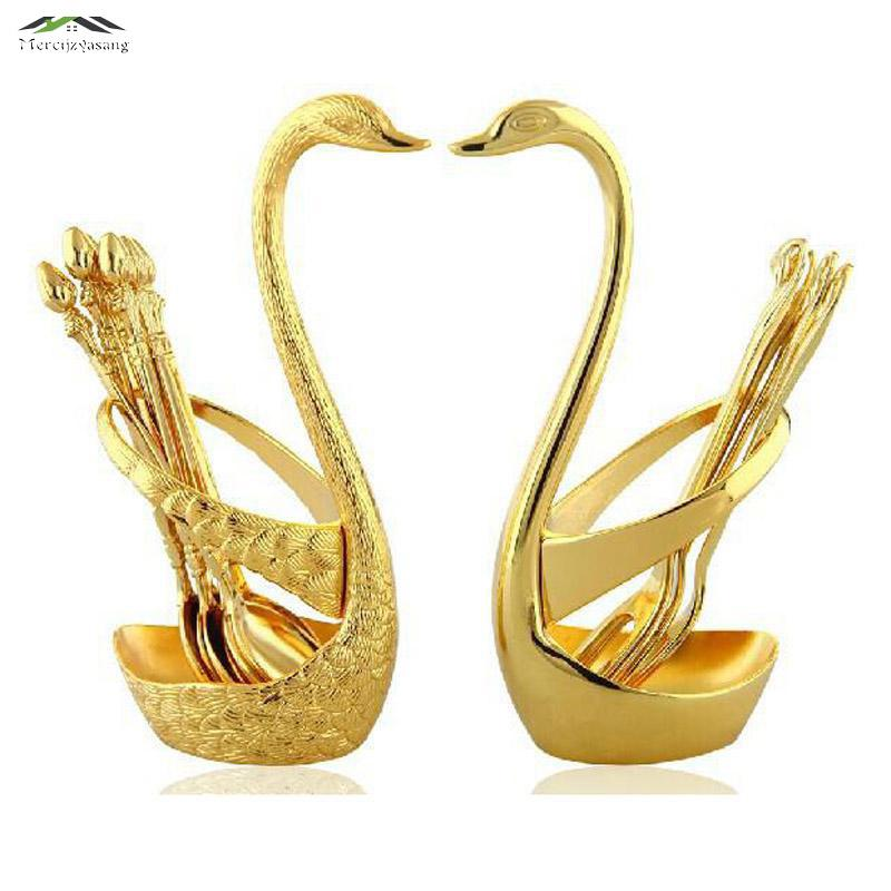 الذهب بجعة الفاكهة شوكة الحلوى مجموعة الأزياء الدعاوى الإبداعية الفاخرة الذهب الفاكهة الحلوى شوكة السكاكين الجودة هدية الزفاف wd 57
