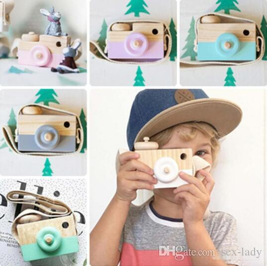 8 colors Mini Wooden Camera Toy Hanging on Neck Anti-Static and Natural Wood for Kids Baby Toddler Room Decoration