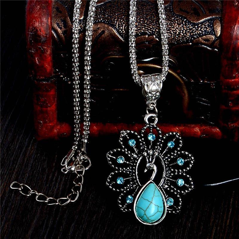 Elegante blaue türkisfarbene Pfau Halsketten Natürlicher Stein Österreichischer Kristall Anhänger Halskette Vintage Bijoux Femme