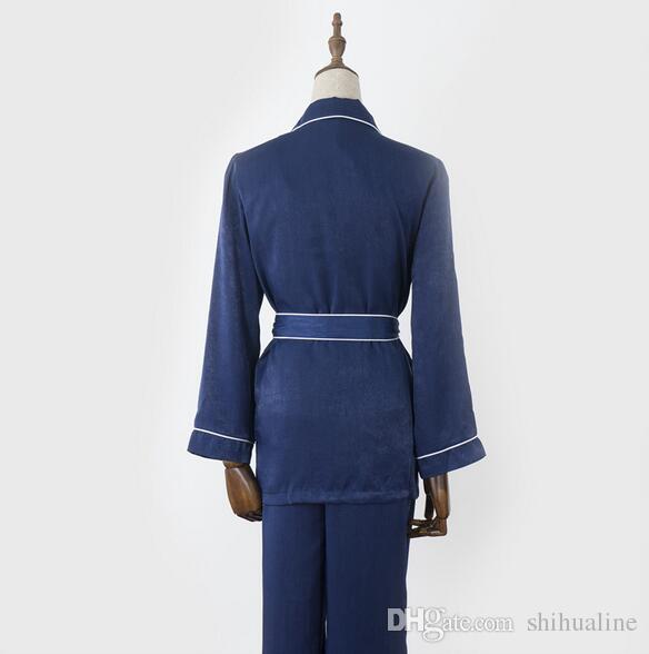 L'Europe et les États-Unis couleur pure confortable peignoir respirant split service à domicile pyjama quatre ensembles
