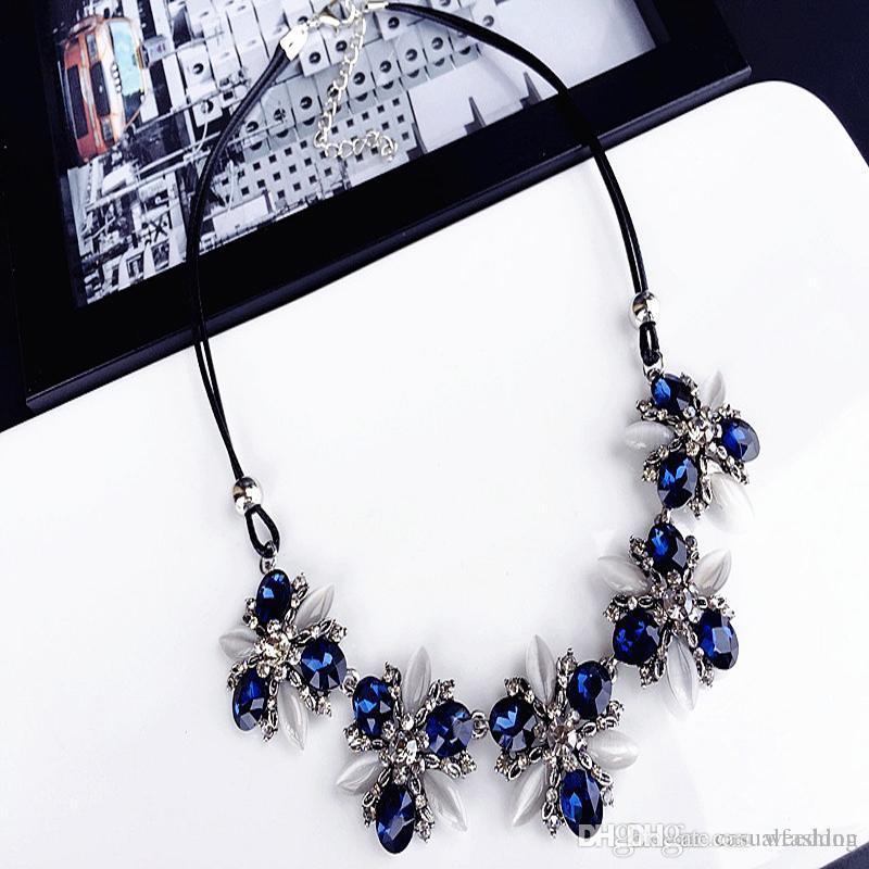 Elegante collana di collana di collana di cristallo blu gioielli collane di moda collane clavicola per la festa nuziale regalo da sposa