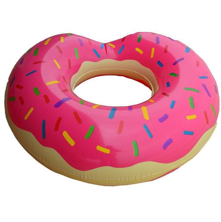Hot Summer Giochi d'acqua da 36 pollici Gigantic Donut Piscina galleggiante gonfiabile di anello di nuoto 2 colori migliori regali per i bambini Strawberry Donut carri