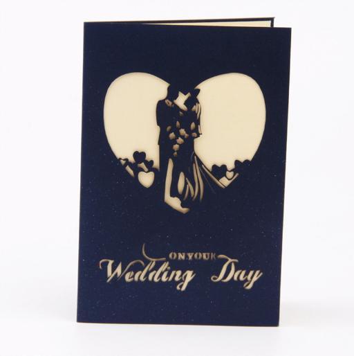 Invitations de mariage pliées cartes jour de la mariée avec enveloppe salutation 3D creux couleur rouge imprimé papier Love Shape Card décoration Invitation