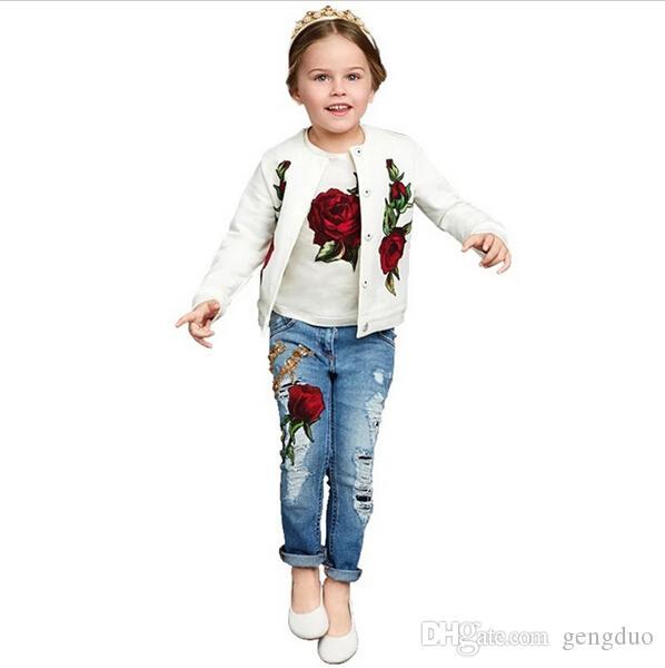 2017 primavera / autunno nuovo marchio di moda rosa vestiti delle ragazze 3 pezzi 2-9y bambini vestiti ragazze maniche lunghe fiore bambini abbigliamento set