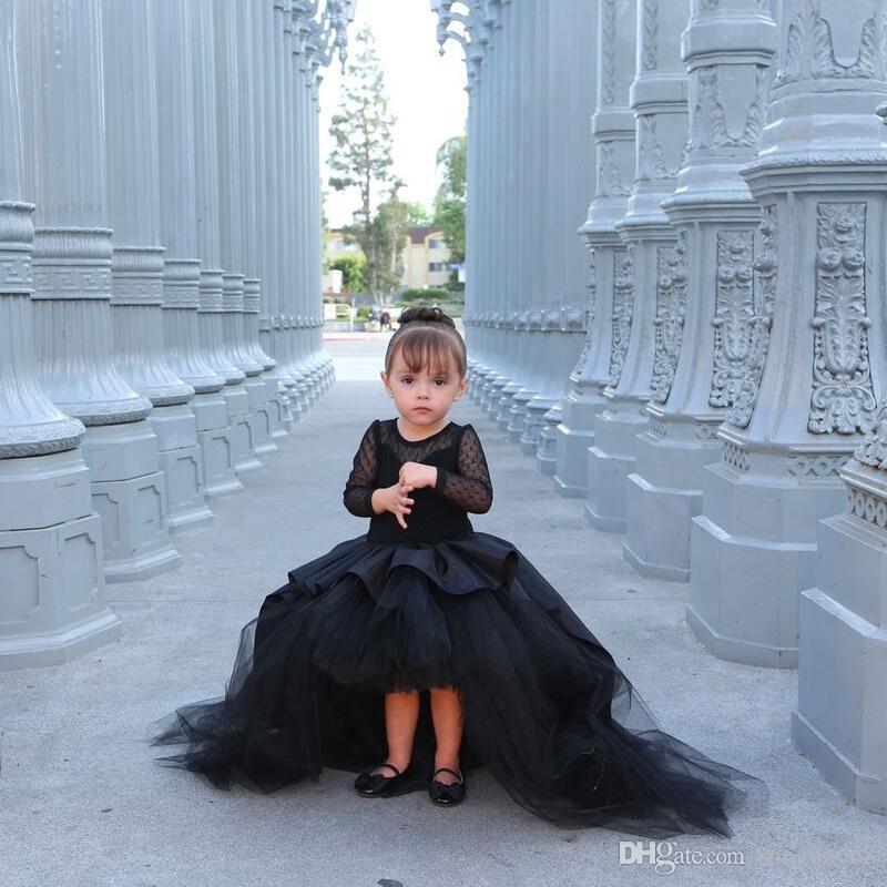 Vestiti nuovissimi della ragazza di fiore nero con le ragazze delle bambine a manica lunga Vestito da comunione del partito del vestito da cerimonia nuziale del vestito da cerimonia nuziale per nozze