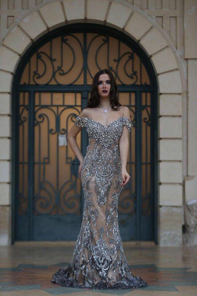 2021 Superbe cristal strass sirène robe de soirée à l'épaule robes de soirée à l'épaule à l'épaule à l'épaule avec robe de pages de cristal argentée