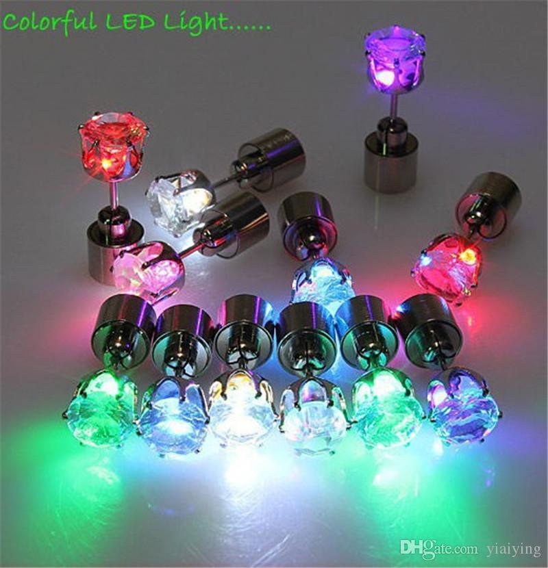 Noel Hediyesi LED Damızlık Flaş Küpe Tokalar Strobe LED Küpe Işıklar Strobe LED Işık Küpe Parti Mıknatıslar Moda Küpe Işıkları