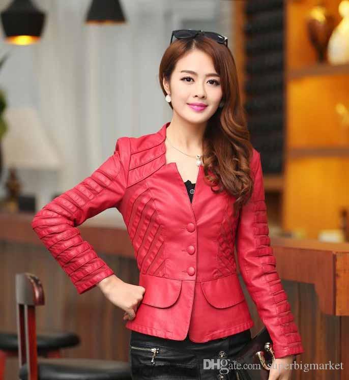 Nouvelle période d'automne hiver et veste en cuir de vêtements pour femmes style sud-coréen montrent mince manteau en cuir PU