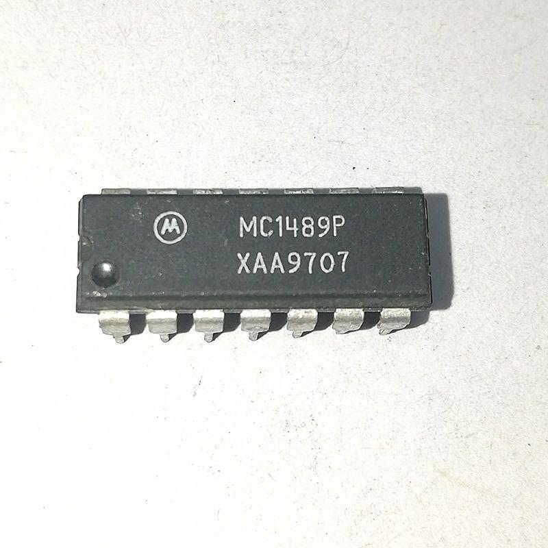 MC1489P MC1489AP DS1489N MC1489N UA1489APC / QUAD LINE RICEVITORE Circuiti integrati IC PDIP14 / dual in-line 14 pin di plastica dip