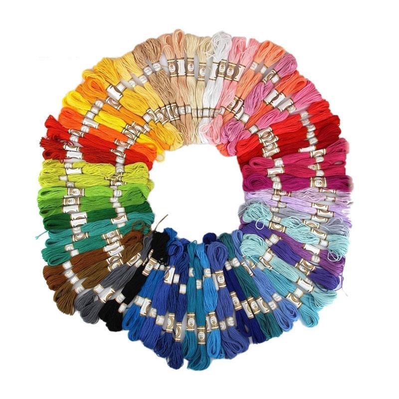 50 قطع / 100 قطع عشوائية اللون عبر غرزة القطن والتطريز الخيط الخياطة 10skeins الحرفية E2shopping (لون عشوائي فقط)