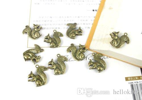 120 sztuk Antiqued Bronze Squirrel Charm A20244B