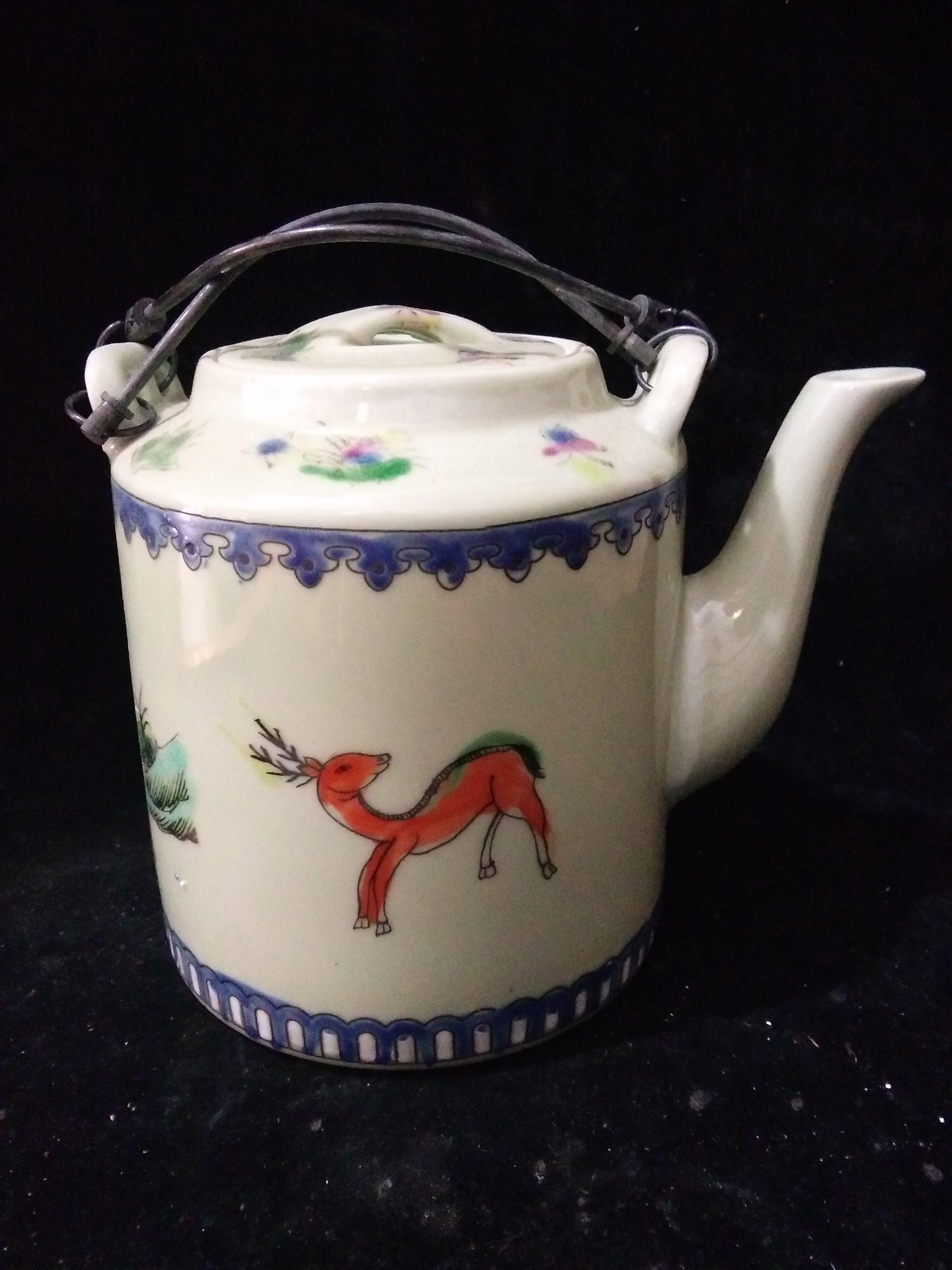Antique Collection Folk Art Chinese porcelain Hand-painting Children fun teapot C012