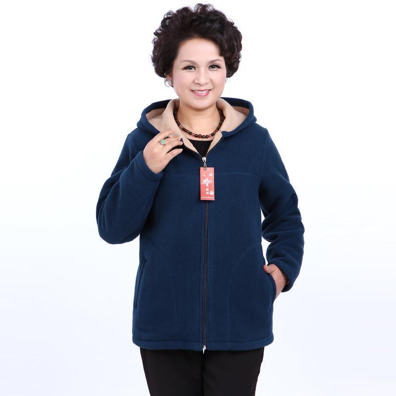 Venta al por mayor- Invierno de mediana edad para mujer imitación con capucha corderos chaquetas de vellones damas calientes suaves de velevt abrigos madre sobrealines de madre más tamaño
