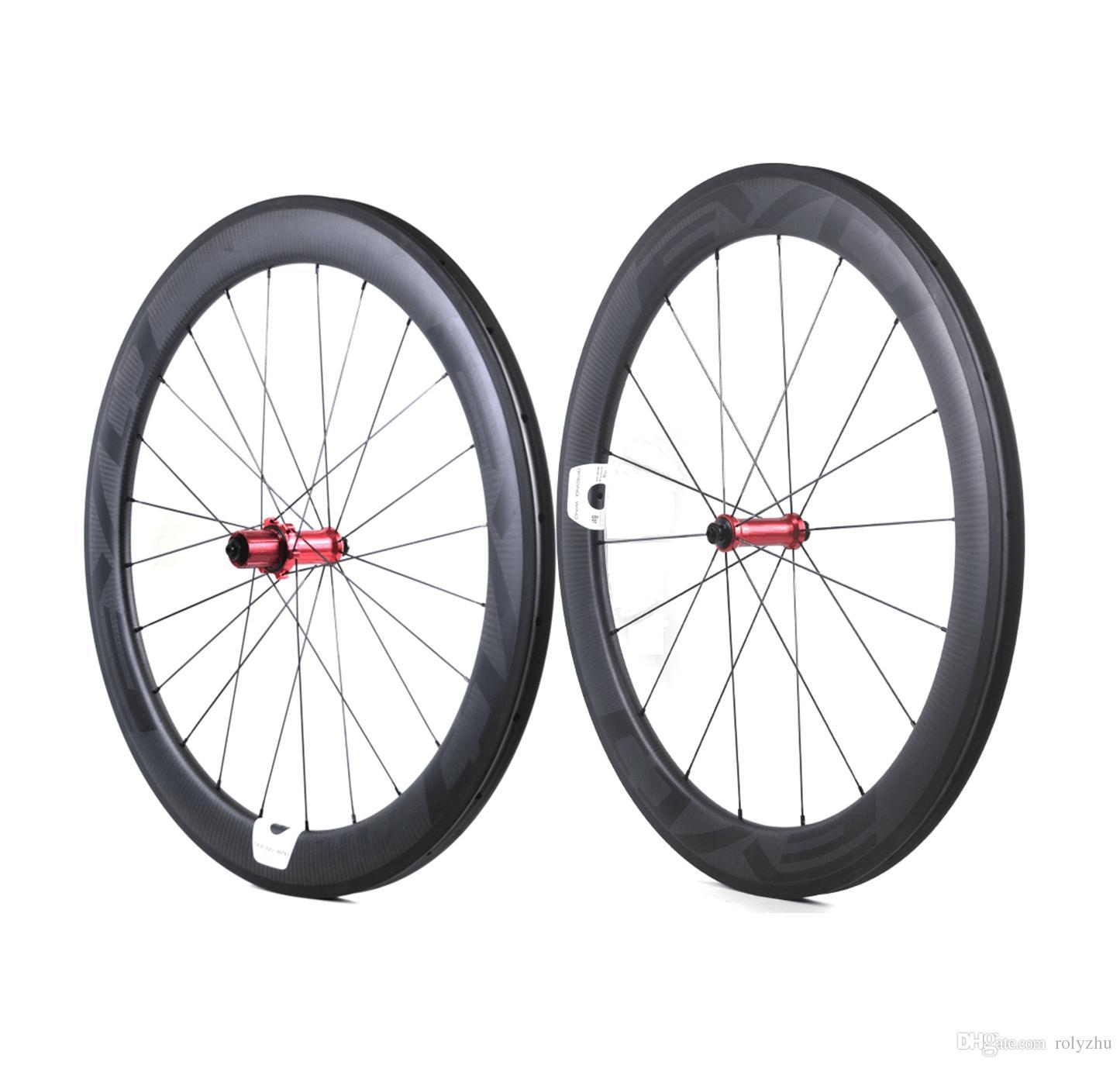 Tam karbon genişliği EVO karbon yol bisiklet tekerlekleri 60 mm derinliği 25 düğüm / boru şekilli tekerlek düz çekme ile Uyarlanabilir LOGO hub