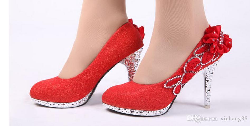 Schuhe der einzelnen Schuhe der Frauen Diamanthochzeits-Brautschuhe