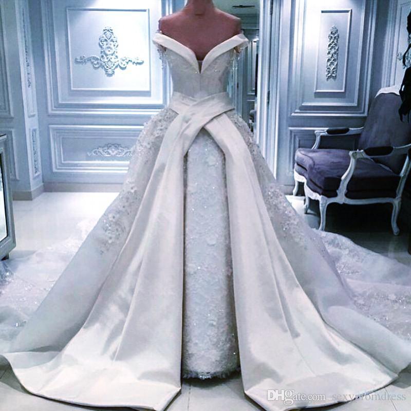 Vintage hors de l'épaule Robes de mariée Superdkirt 2017 Sexy Long Satin Chapel Train Dentelle Brillant Sequins Bridal Robes de mariée Arabic Wedding Vestidos
