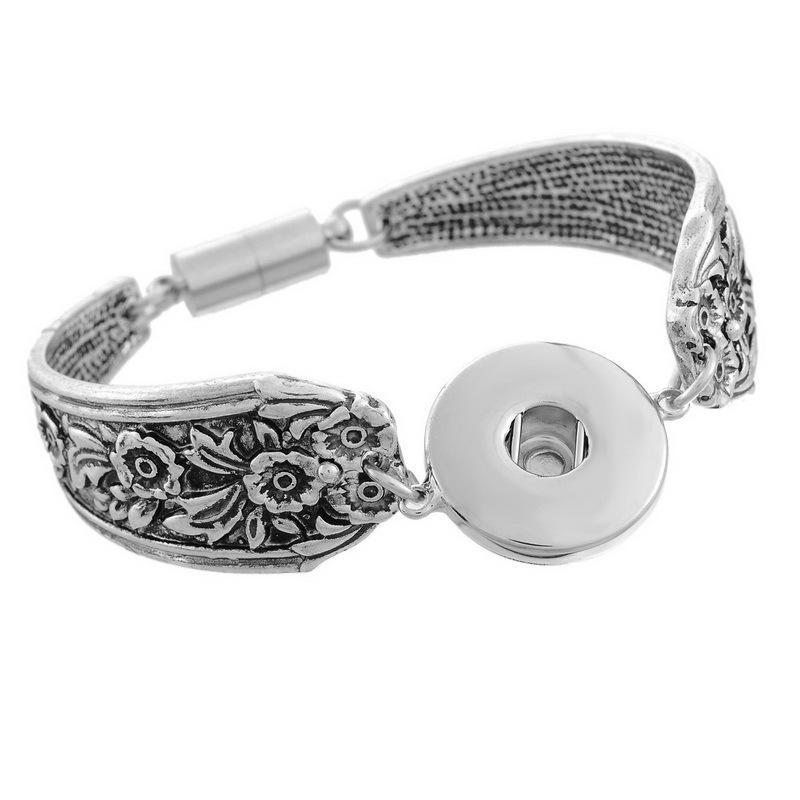 Caldo commercio all'ingrosso Snap BraceletBangles Charms Bracciali in metallo per le donne Fit 18mm fai da te Partner perline pulsante a scatto gioielli