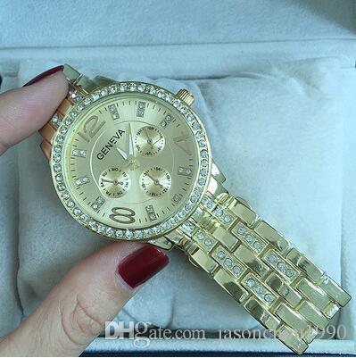 Le ragazze greche coreane di modo della striscia di Ginevra di vendite al dettaglio limitate nel tempo guardano il polso della donna della lega dell'orologio della signora del quarzo della signora che spedice liberamente