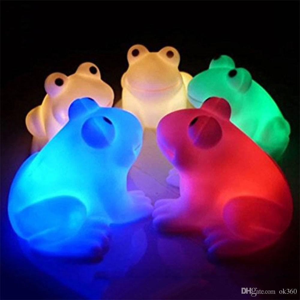 Magia de energia LED Noite Rã bonito Luz novidade de troca da lâmpada Cores decoração leve luz do flash coloridos levou Holiday Party