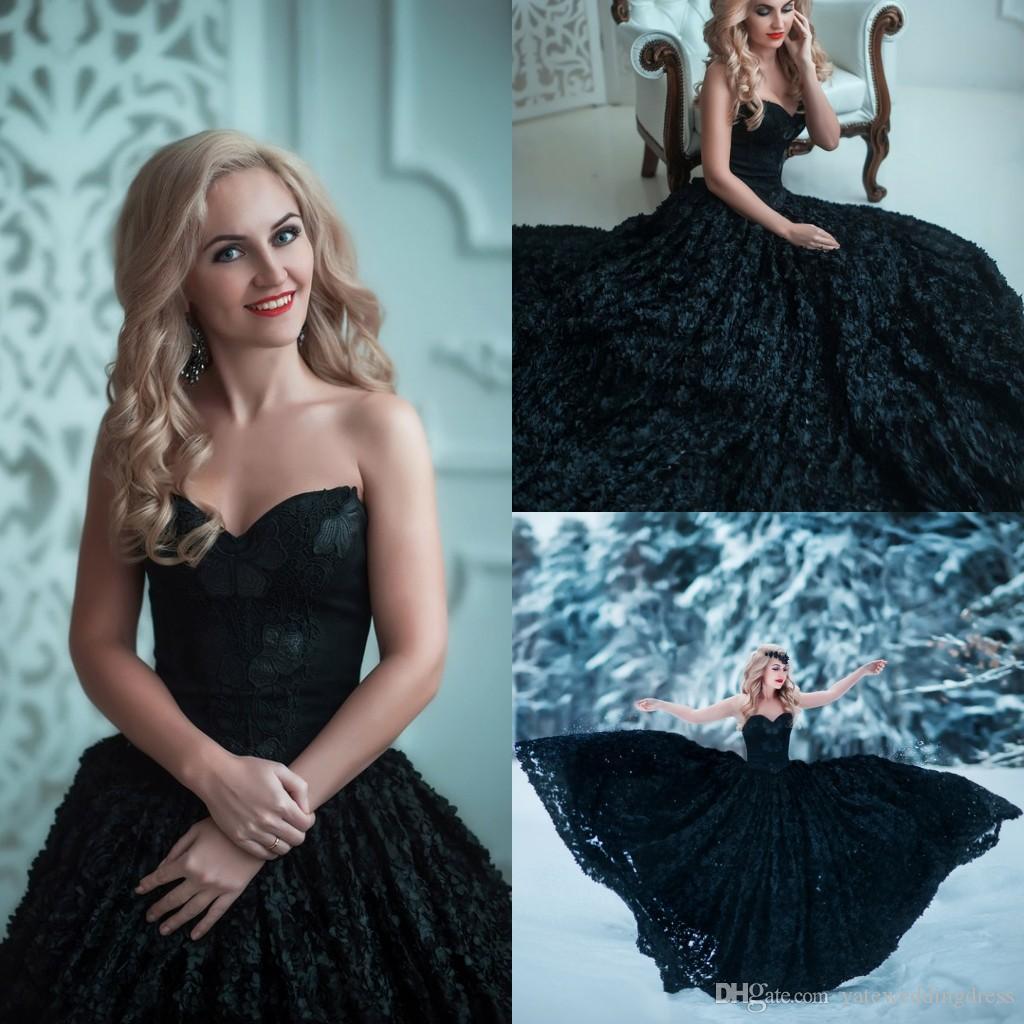 Künstlerische 2017 Neueste Stil Schwarz Abendkleider Trägerlosen A-Linie Mit Blütenblättern Form Rüschen Prom Kleider Zurück Reißverschluss Nach Maß Party Kleider