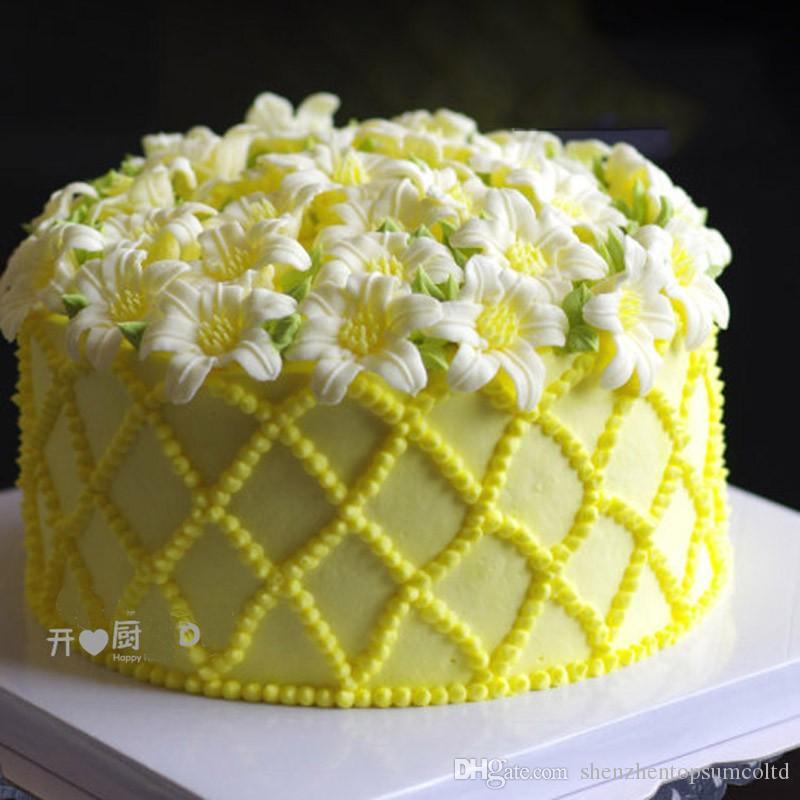 4 teile / satz Lily Flower Torus Kuchen Dekoration Blume Kuchen Stehen Nagel Nadel DIY Handgemachte Lily Maker Form Nagel Werkzeug