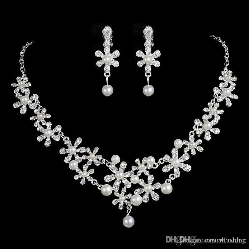 Nuovo arrivo Accessori perla per perle Set di gioielli da sposa Collana Corona orecchino per matrimoni Pageant Party Bridal Jewelry con alta qualità