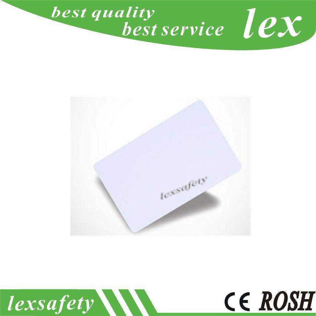 100pcs basse fréquence de puce RFID T5577 T5557 / Atmel5567 Carte vierge blanche de 125 kHz IC lisible en lecture-écriture réécriture pour le contrôle d'accès