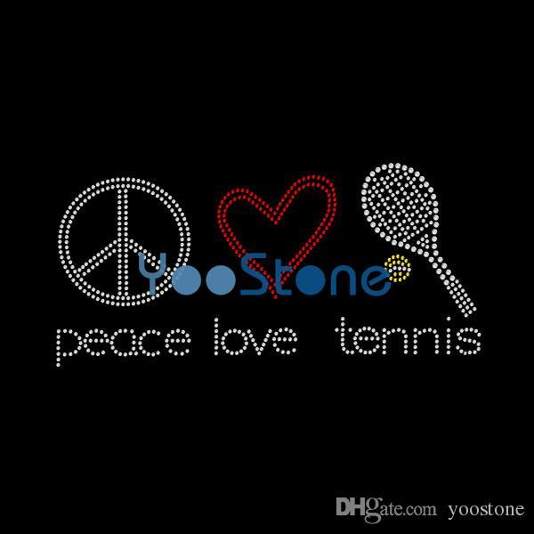 Ferro di trasferimento del Rhinestone di tennis di amore di pace di Bling sull'applique di strass di motivo della correzione calda per le magliette