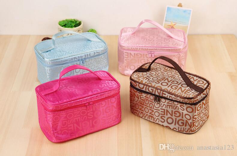 النسخة الكورية الجديدة من خطابات الموضة النسائية تشكل سفر الرباعية ، حقيبة محمولة ، حقيبة غسيل